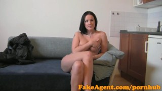 FakeAgent HD Big boobs amateur plays hard to get porno