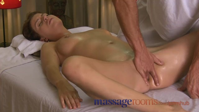 Massage Rooms Tight Young Girls Orgasm From Advanced G -2328