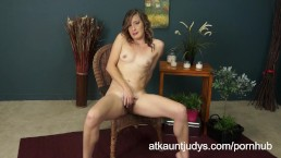 Mature Milf Cindi strips down her clothes!