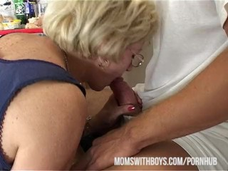 Preview 2 of If Mama Make A Sandwich Will You Fuck And Feed Her Your Cum?