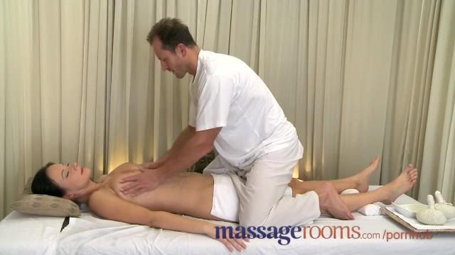 манеры получила оргазм от массажа онлайн купить рынке