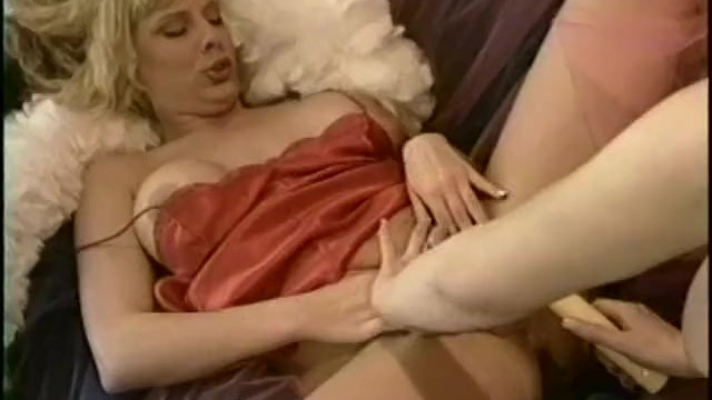 Computer computing networking, vintage products, commodore - First time lesbians 2 - scene 2