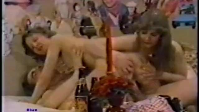 70 and 80 porn - Danish peepshow loops 172 70s and 80s - scene 5