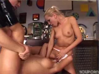 Davina Murphy and Dallas Lowe Cleavagefield 03: Porn 76 Free Dallas Lowe Nude