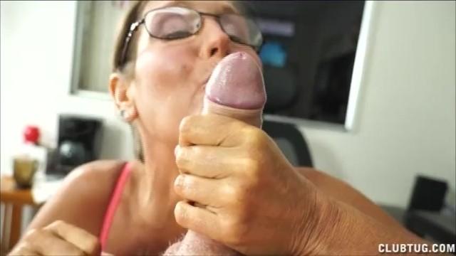 Naught mature - A naughty mature lady sucks and jerks