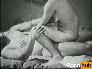 Hot Mom Helps Not Son to Cum on Het Wet Pussy: Free Porn 21 Hot When Cums Anal Mom Free