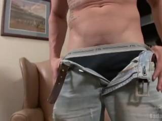 Naked Arnold Schwarzenegger Reprises His Terminator Role...