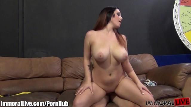 oblegaet-grud-porno