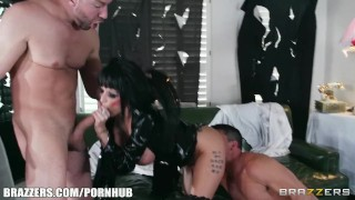 Joslyn James loves to be shared while in her Halloween costume Raw couple