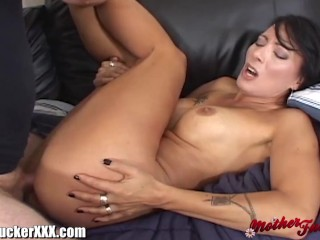 This hot MILF gets her pussy pounded the gets a hot sticky load of cum all