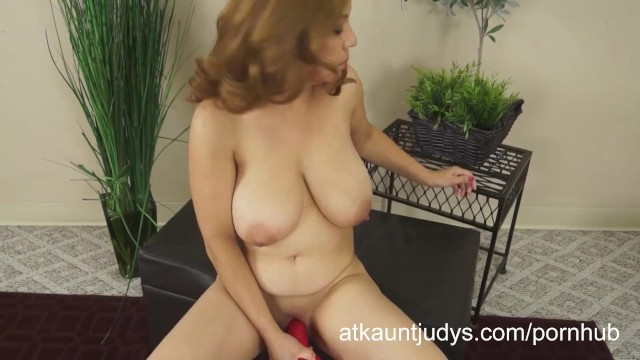 Aunt judys amateur - Marisa vazquez plays with a toy.
