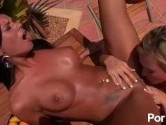 Sex scene raw justise 2