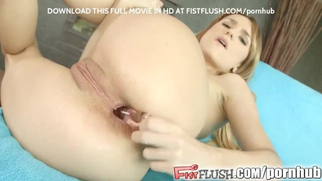 Tile to carpet insert strip - Leyla inserts a fist into her ass and pussy at the same time