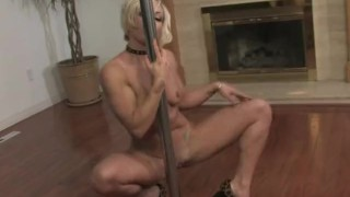 Blonde milf dances then finger herself