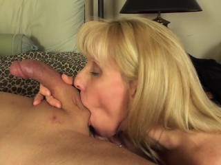 Sluts With Huge Dildo Dirty Teen Slut Takes a Huge Dildo in Her Ass Free Porn Videos
