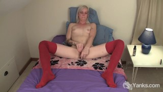 Cute Amateur Ari Plays for the First Time Of sucking