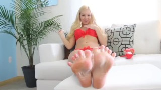 Joi foot feet toe