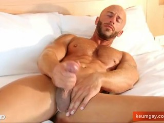 Shaved Pussy Pics and Tight Bald Pussy Porn Young Bauld Pussy Porno