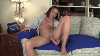 Pierced Honey Bribarella Toying Her Pussy