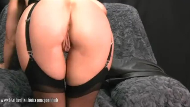 Search engine thumbs leather lady - Sexy milf takes off leather pants and plays with her juicy lady lips
