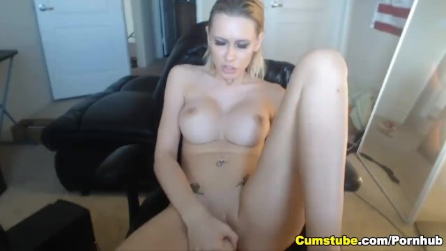 Download Gratis Video Nikita Mirzani Busty Blonde Teen Hottie Sucking her Dildo