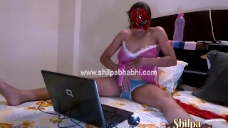 Indian Shilpa Bhabhi On Live Sex Cam Naked Fingering Pussy Pressing BigTits