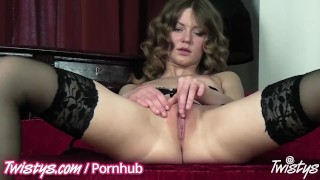 Teens masturbating give a show great butt orgasm