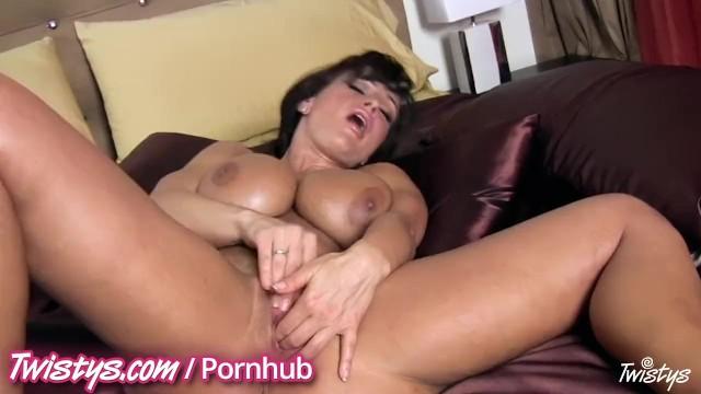 Lisa Ann Ebony Threesome