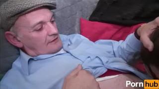 Papy scene volume  voyeur natural pussy