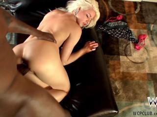 WCPClub Stunning cuckold housewife Annika Albright
