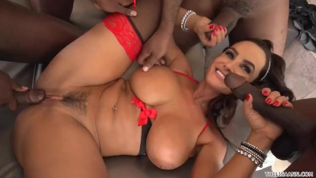 Anal double penetration sexo Lisa ann interracial gangbang