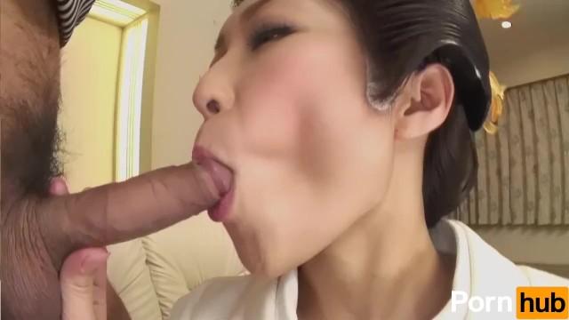 上品な芸者お姉さんが淫乱な表情でヤリチン男のデカチンを喉の奥まで咥える