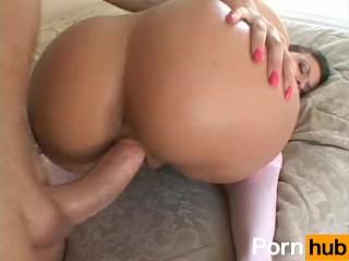 Round Butt Sluts 4 – Scene 4