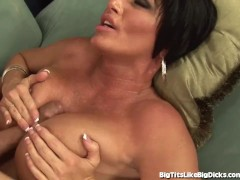 MILF Porn Star Shay Fox Has Some Incredible Tits