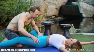 Sexy yoga with Mia Malkova - Brazzers