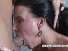Mature slut Kendra Secrets is getting her pussy fucked