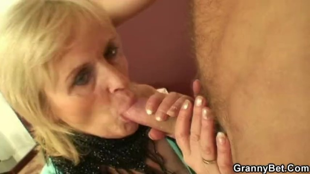 Prostittue picked up and fucked Granny prostitute is picked up and fucked