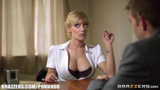 Sexy Cop Loulou's Erotic interrogation - Brazzers