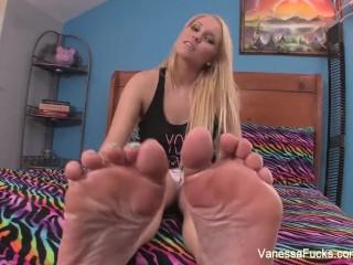 Vanessa Cage Foot Fetish Fun