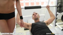 Kortney Kane's needs help stretching - Brazzers