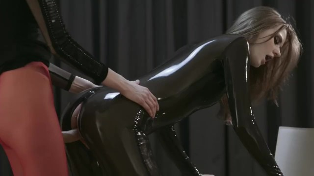 Maria Pie Can Barely Sit Still for Her Realdoe Fucking - 15