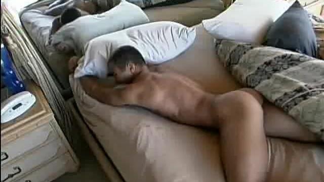 Hairy Hunk Wakes Up To Mastrubate - 4