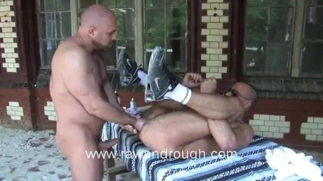 Fisting Euro Piss Pigs - 10