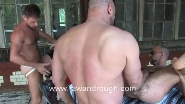 Fisting Euro Piss Pigs - 13