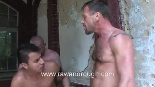 Fisting Euro Piss Pigs - 4