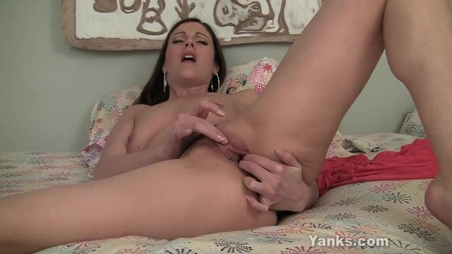 Superb Samantha Fucking A Giant Toy - 11