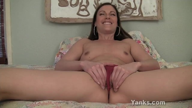 Superb Samantha Fucking A Giant Toy - 6