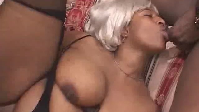 Ebony BBW Babe Gets In The Middle Of A Threesome - 15