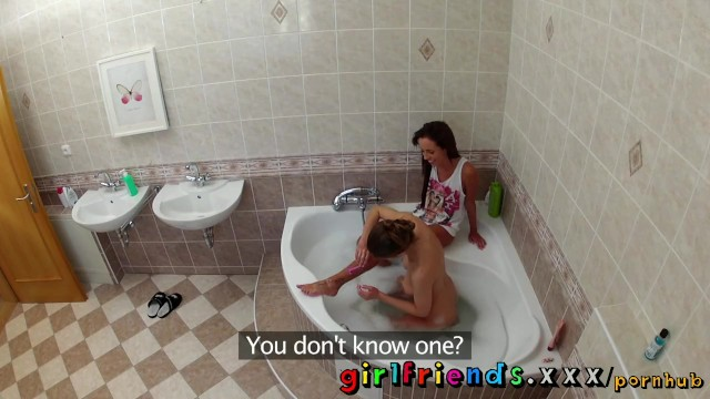 Girlfriends wash hair in bath and make hot pussy eating sextape - 2