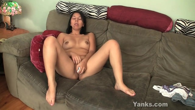 Chubby Amateur Asia Masturbating - 15